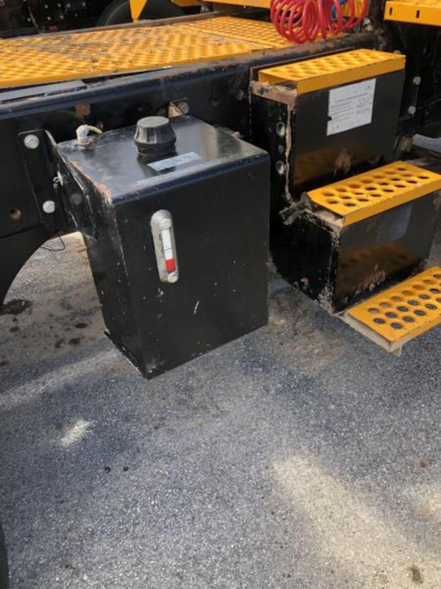 2015 Kalmar Ottawa 4x2 Yard Truck , SN: 338841 4,267.2 Hours, 1,683 Miles - Image 14 of 34