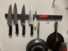 Magnetic Wall Mounted Knife Rack w/ (4) Mercer M20608 Knives