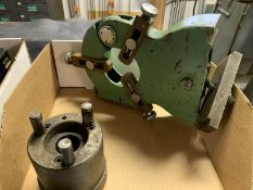Three jaw chuck, steady rest, (1) tial shock