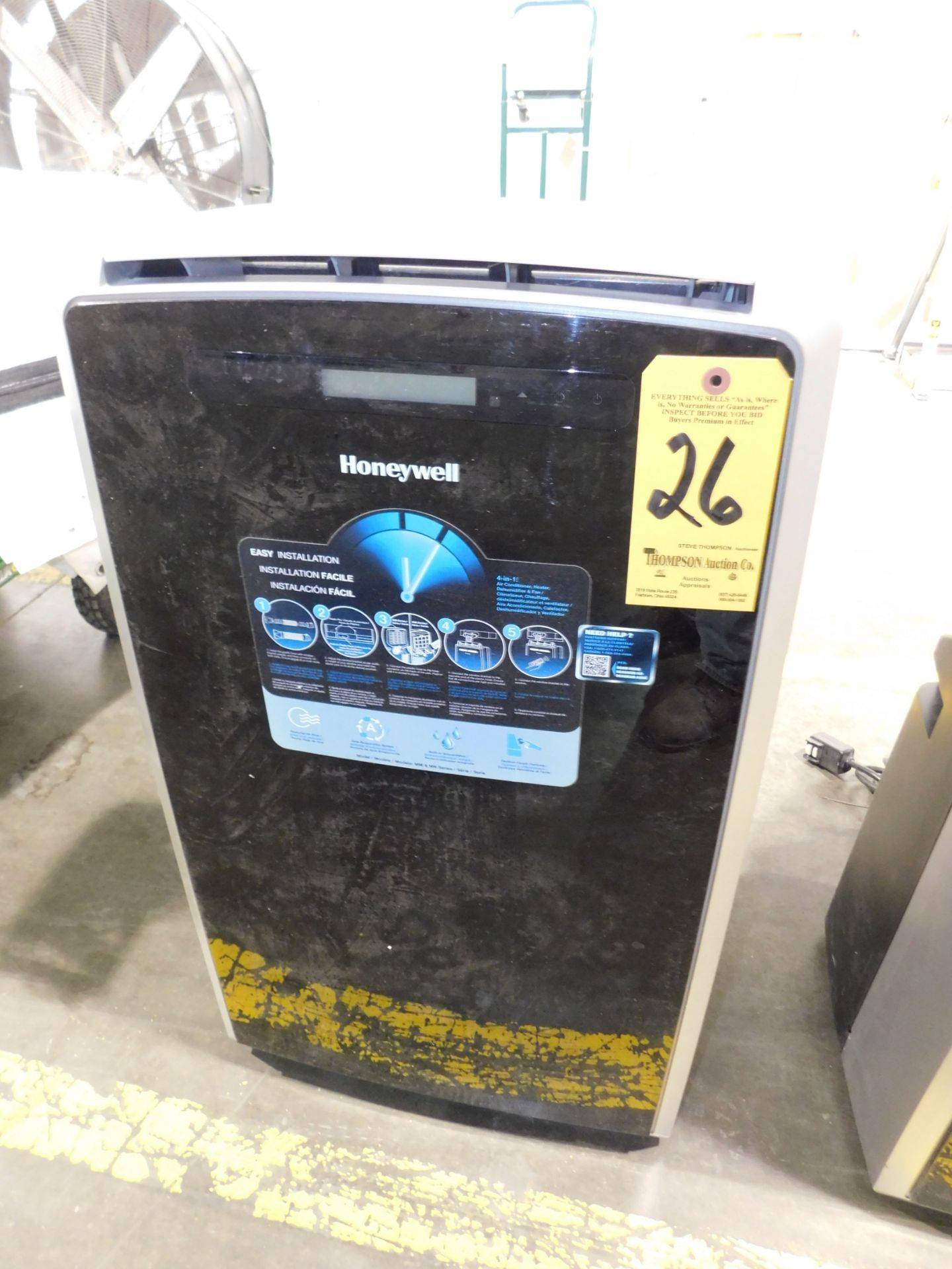 Lot 26 - Honeywell Model MM14CHCS Portable Air Conditioner