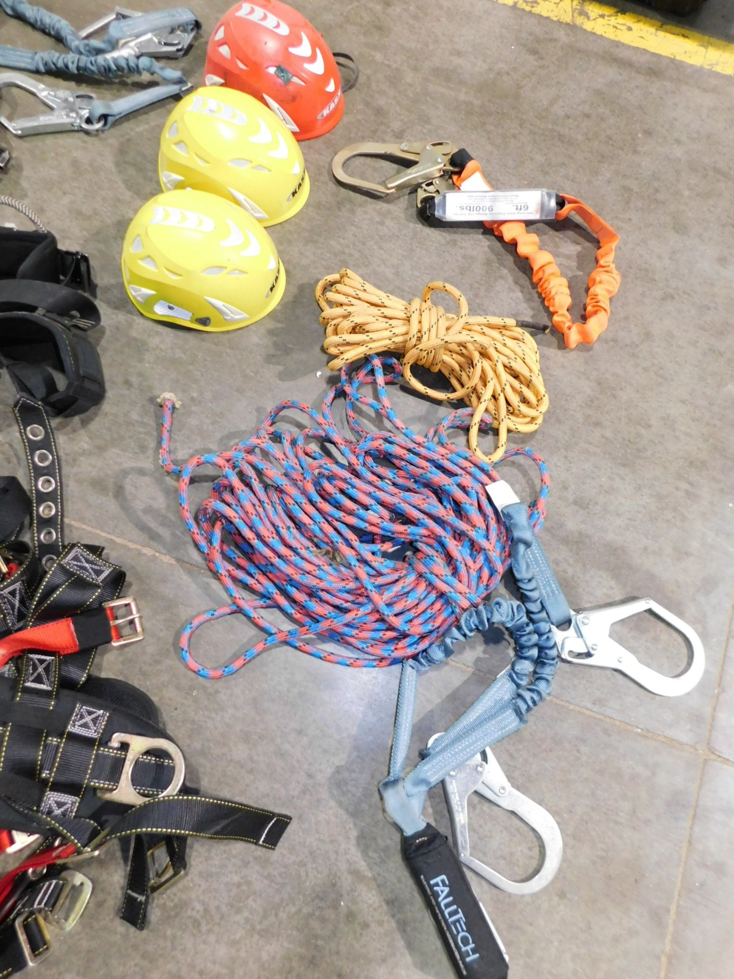 Lot 23 - Safety Harnesses, Rope and Helmets