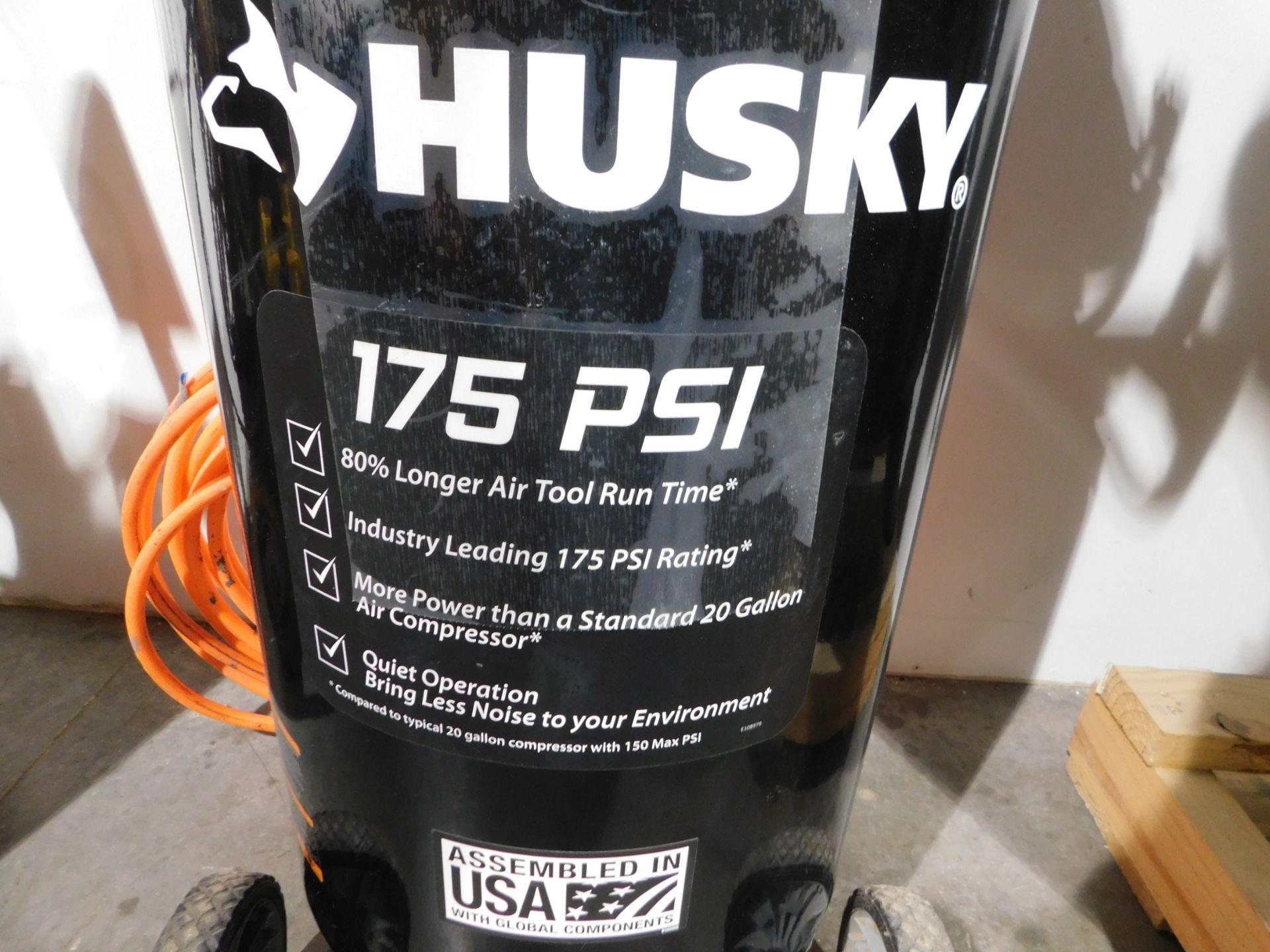 Lot 52 - Husky Portable Air Compressor, 20 Gallon Tank, 4SCFM@ 90 PSI, 1.3 HP, 115 V, 1 Phase