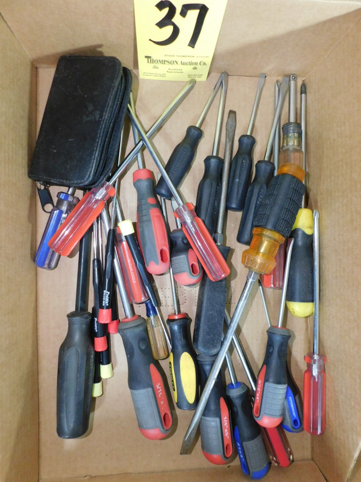 Lot 37 - Screw Drivers, Lot Location 3204 Olympia Dr. A, Lafayette, IN 47909