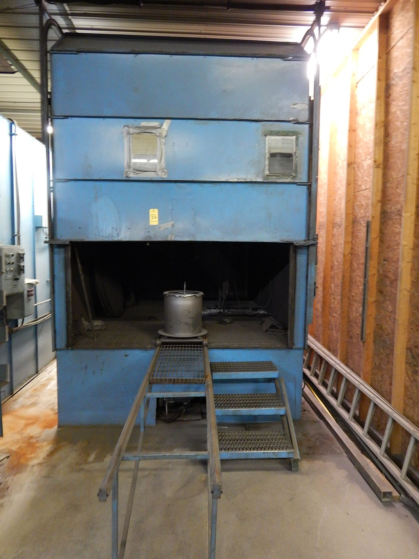 Lot 82 - Shot Peening Booth, Semi Automatic, With Sand Blaster and Reclaim Elevator, Rotary Table, Gun