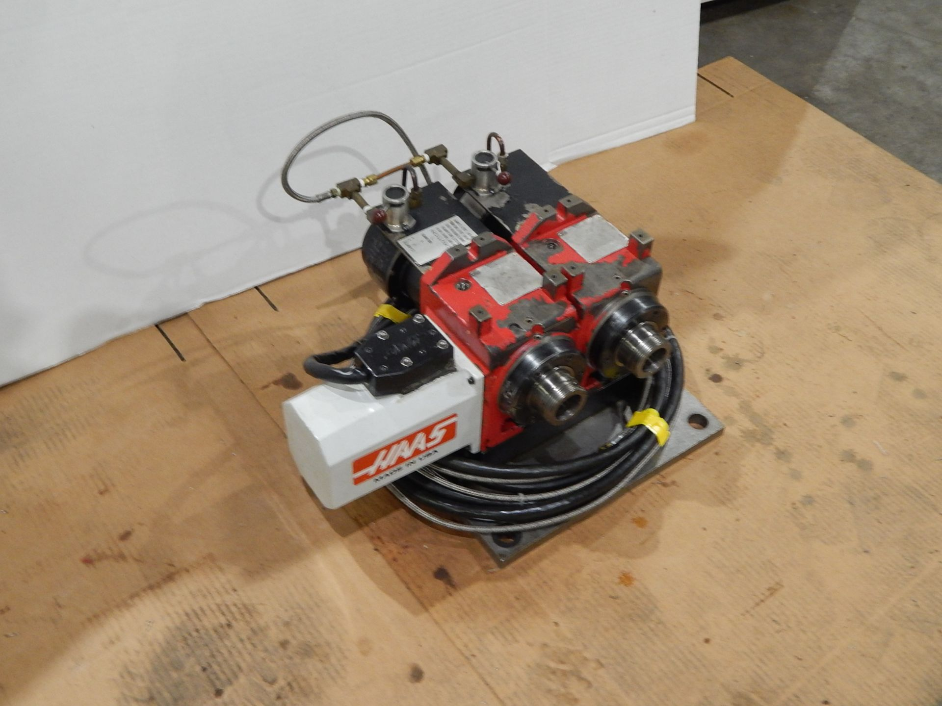 Haas HA5C-2 CNC Indexer, s/n 700130B, (2) 5C Programmable Spindles