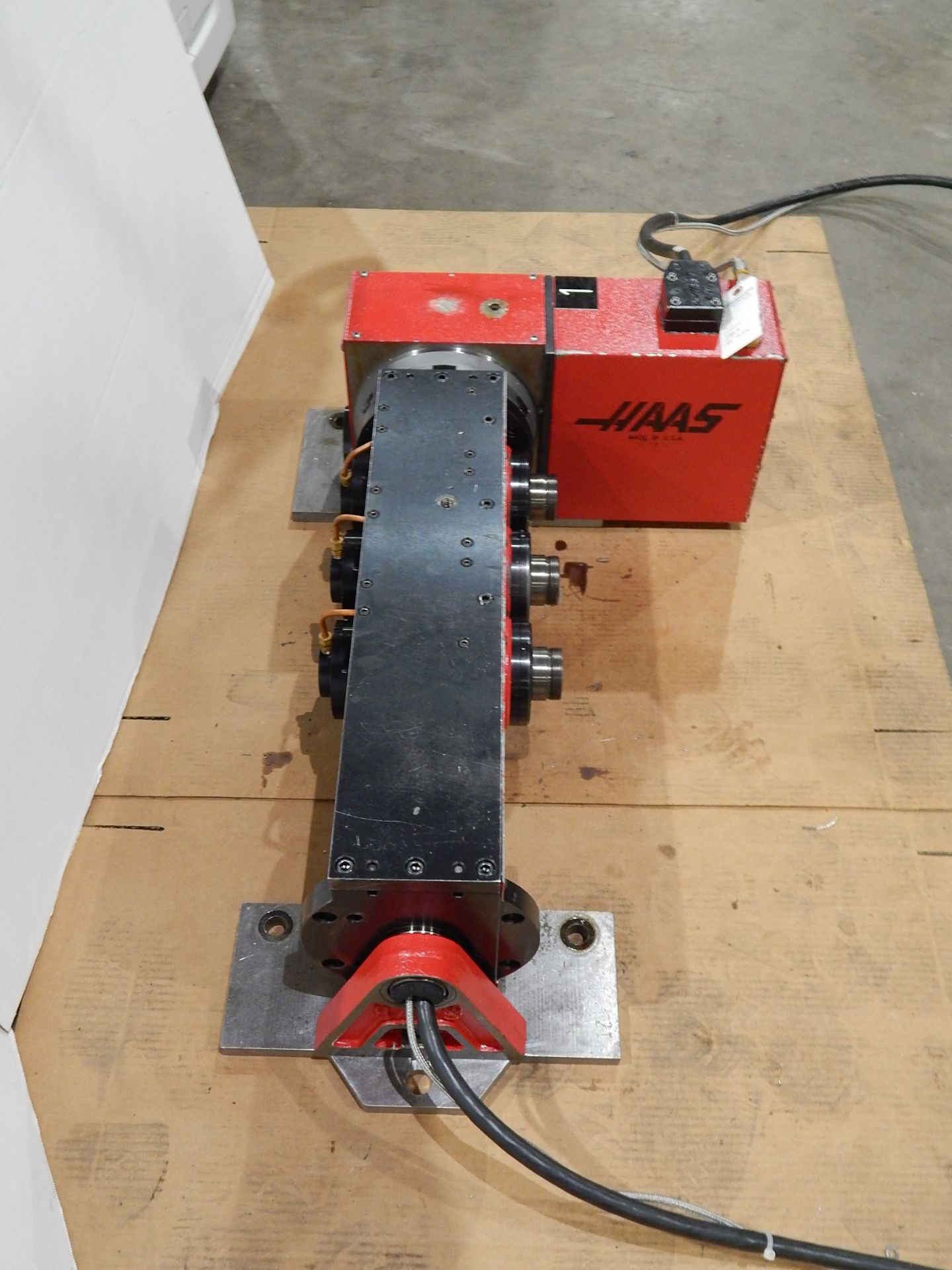Haas TSC-3 CNC Indexer, s/n 900226A, 4 and 5 Axis, Haas 4th Axis Tilt Rotary Table and (3) Haas 5C - Image 3 of 6