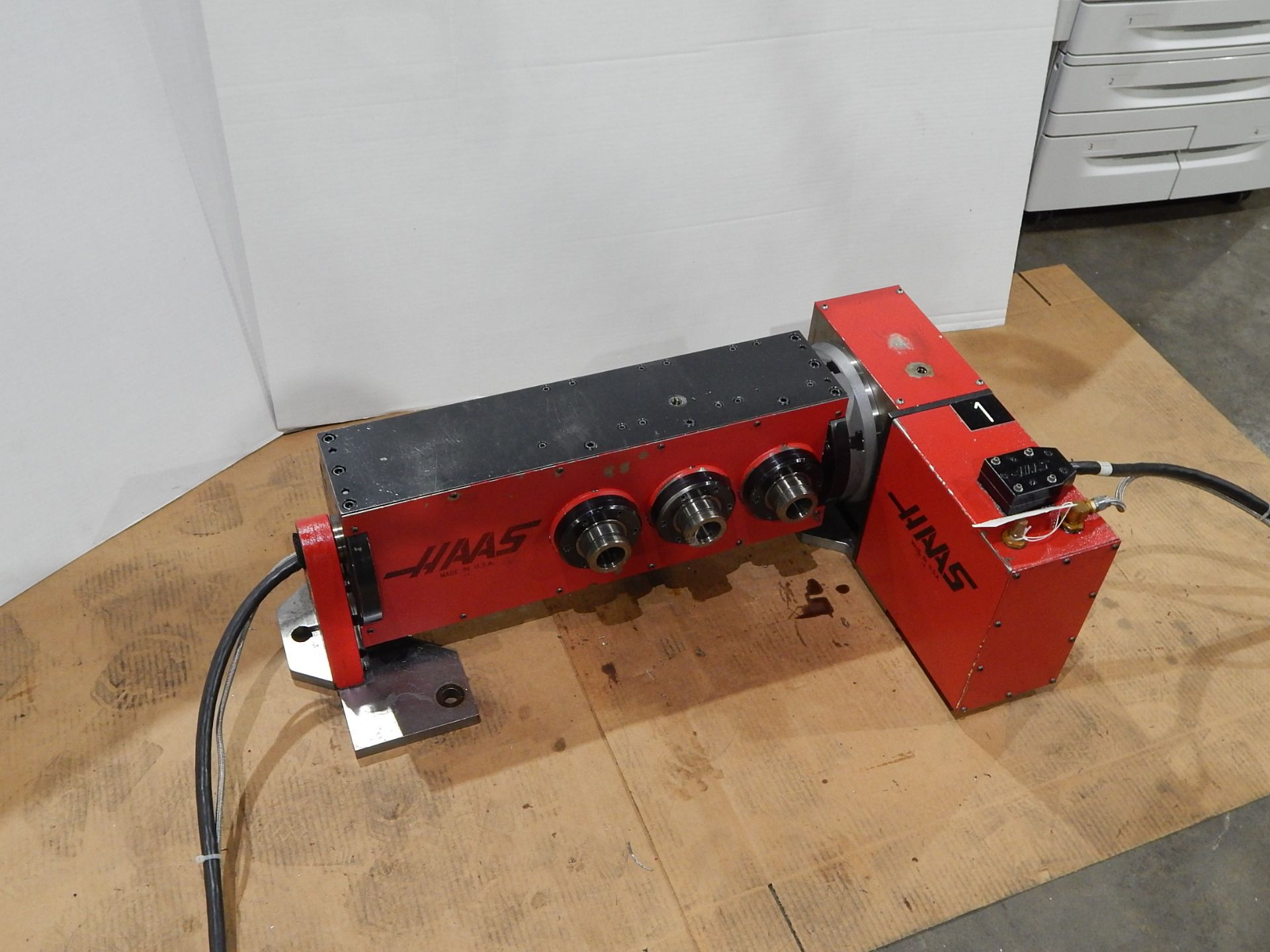 Haas TSC-3 CNC Indexer, s/n 900226A, 4 and 5 Axis, Haas 4th Axis Tilt Rotary Table and (3) Haas 5C - Image 2 of 6