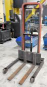 Presto Model M452, 1000-Lbs. Capacity Hydraulic Foot Operated Portable Lift Cart, S/n XP1749-2,