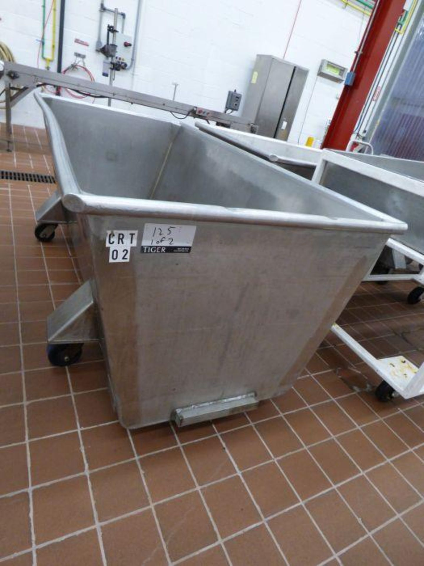 Lot 1125 - Lot Stainless Steel Tubs