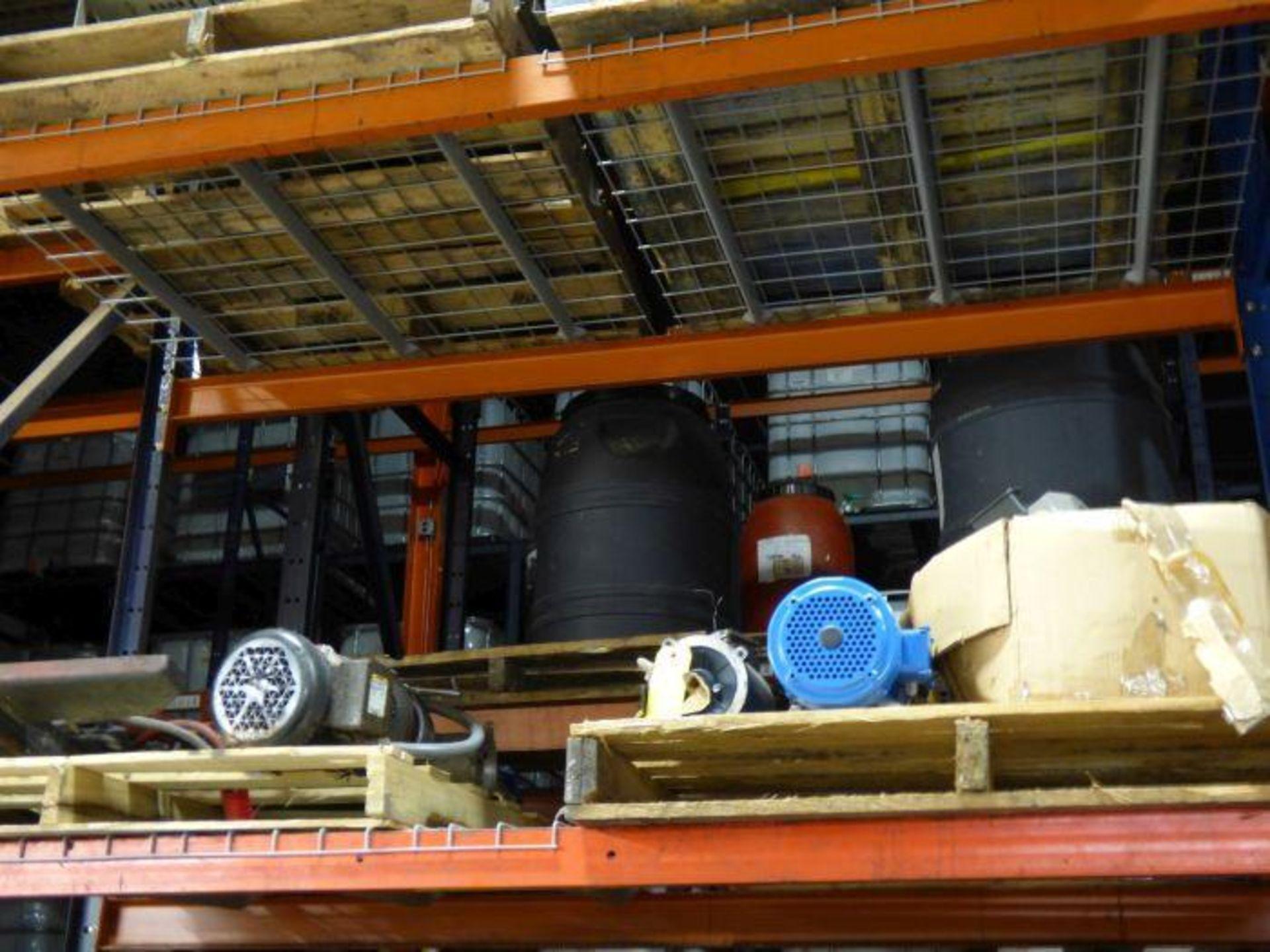 Lot 1142 - Lot Assorted Equipment