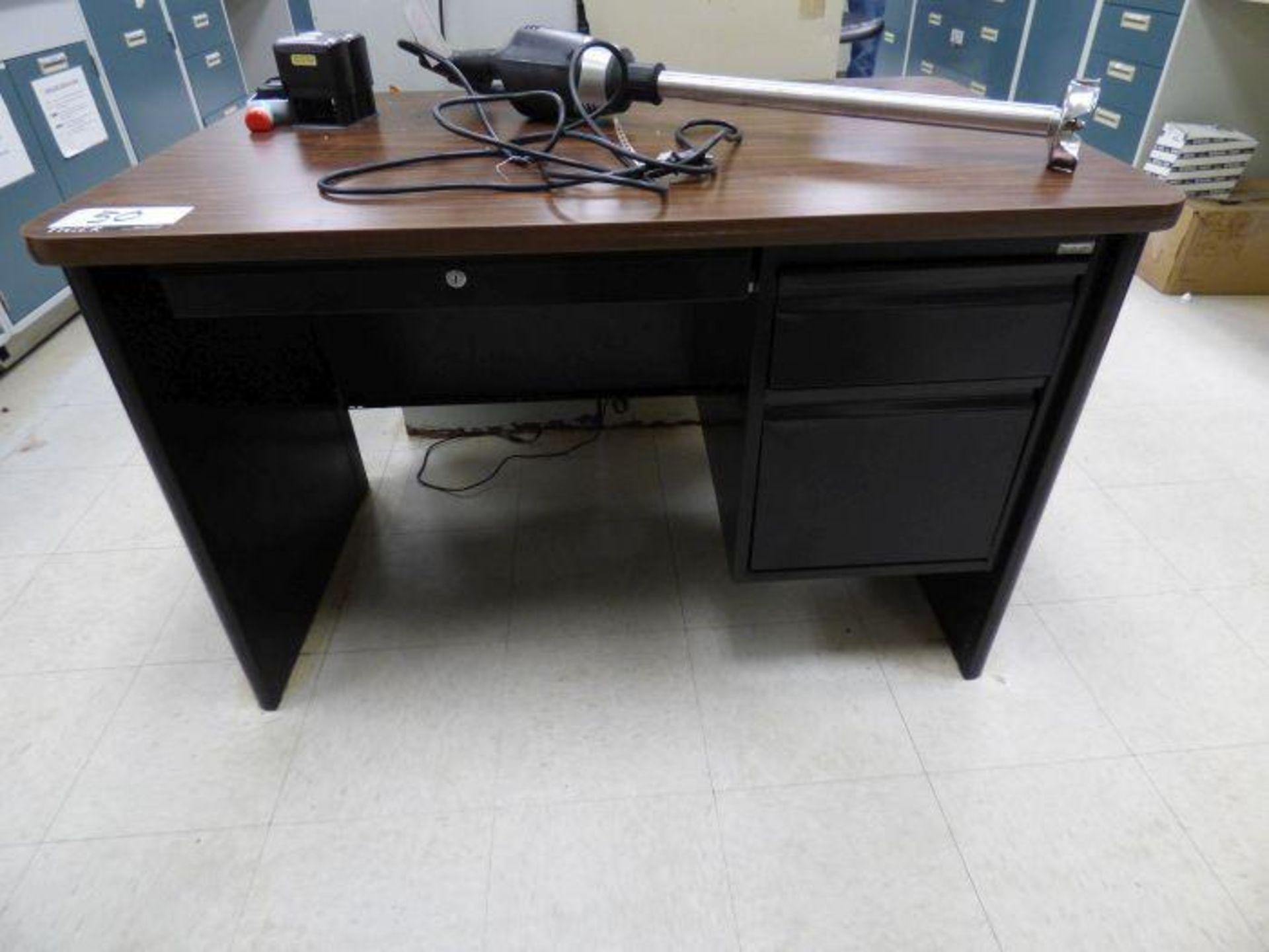 Lot 1050 - Lot of Office Equipment