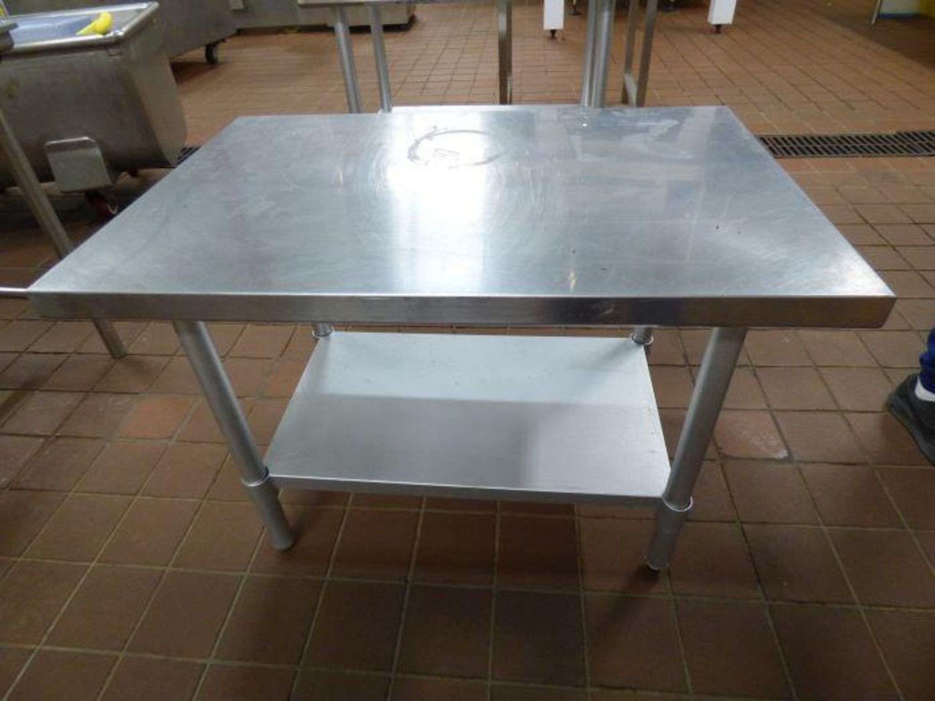 Lot 1058 - Lot Stainless Steel Tables