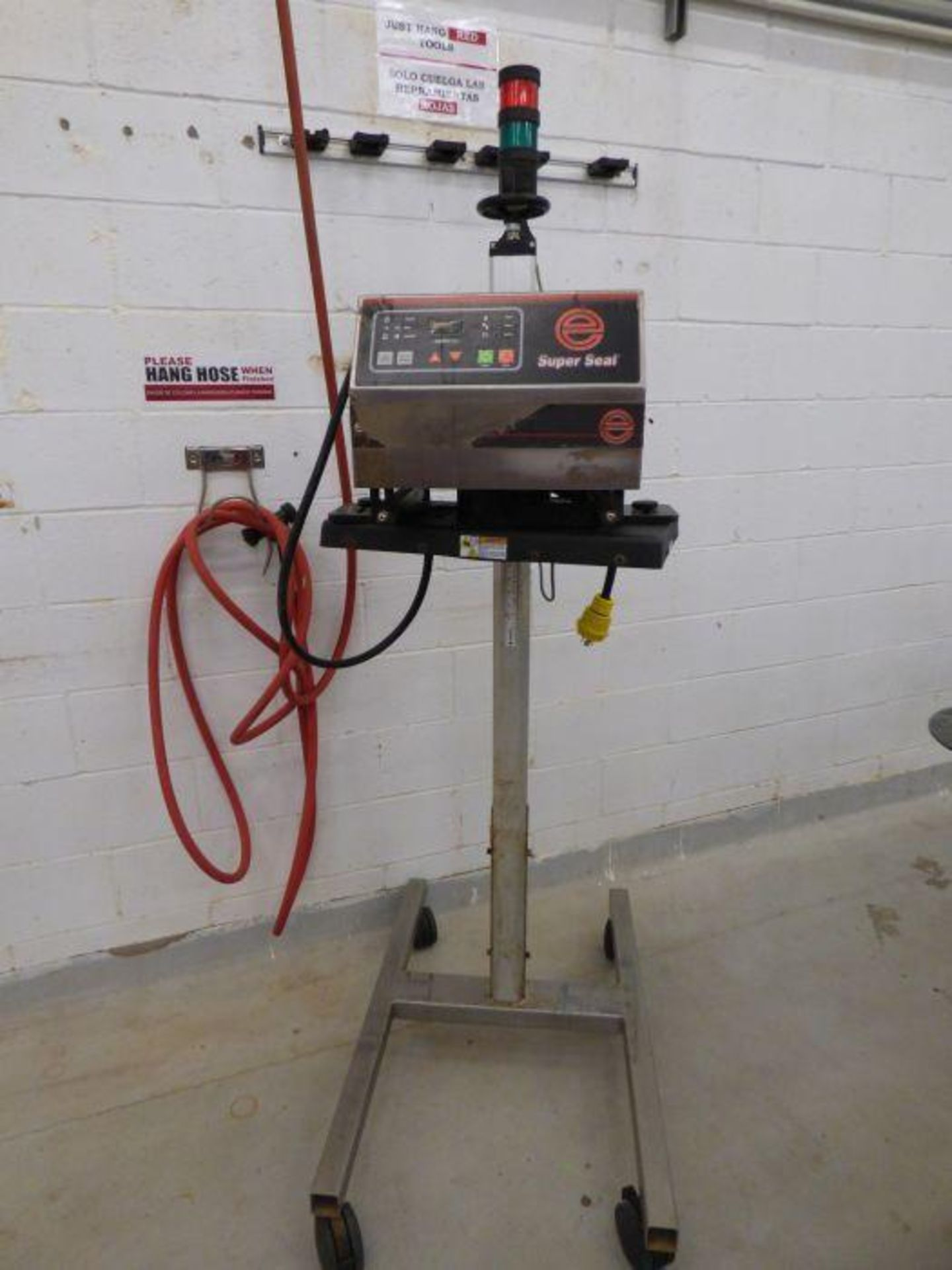 Enercon Super Seal Touch 100 with Spare Parts