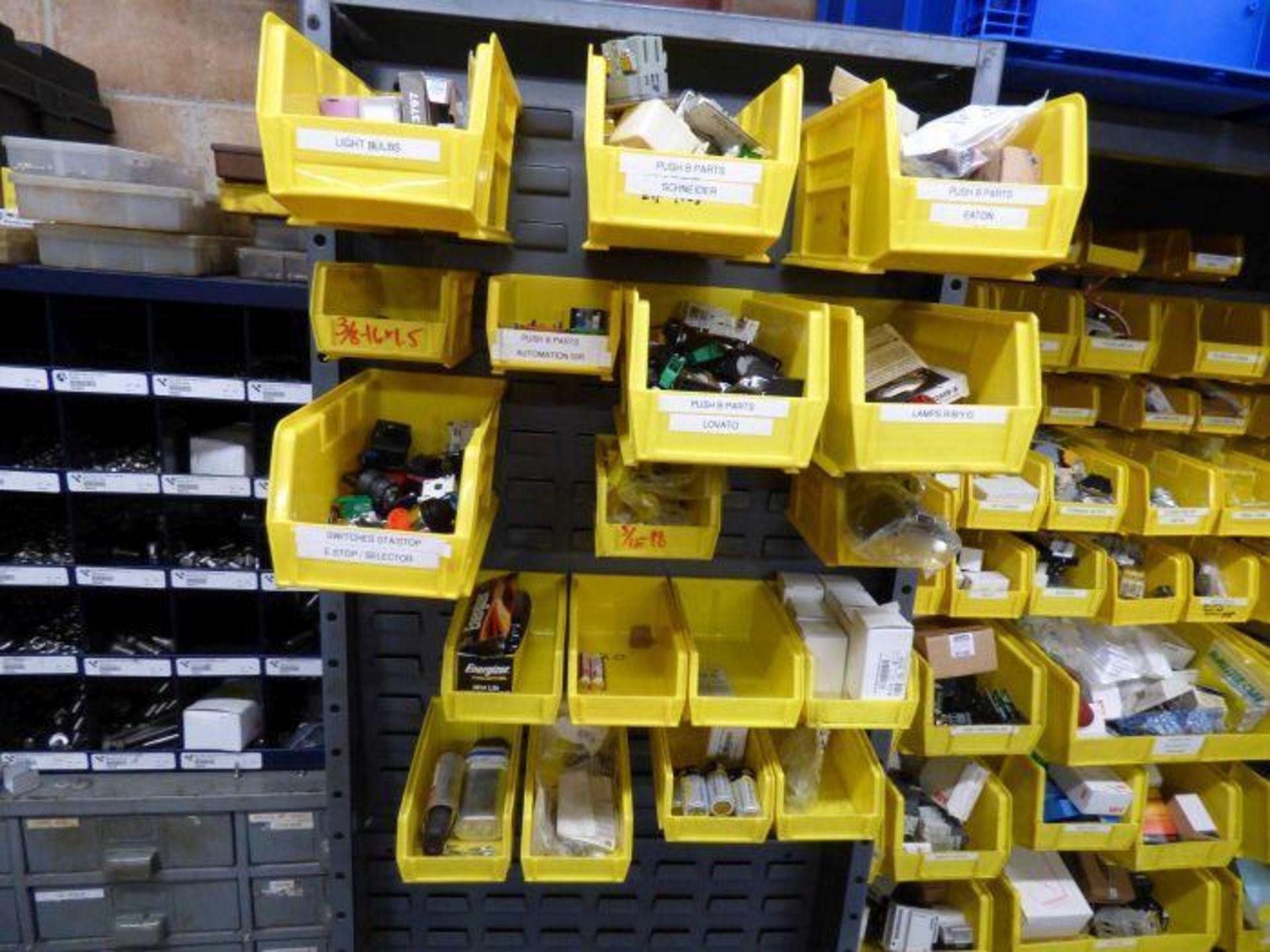 Lot 1153 - Contents of Mechanic Room