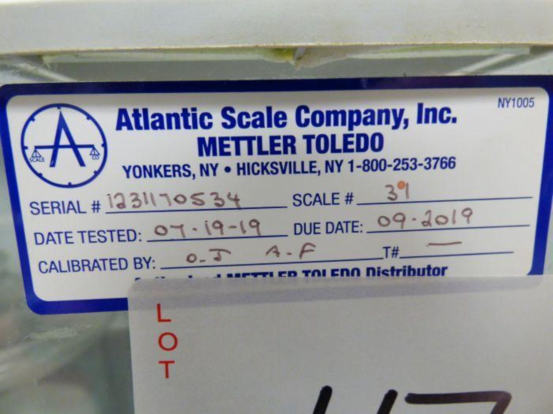 Lot 1047 - Mettler Toledo Scale