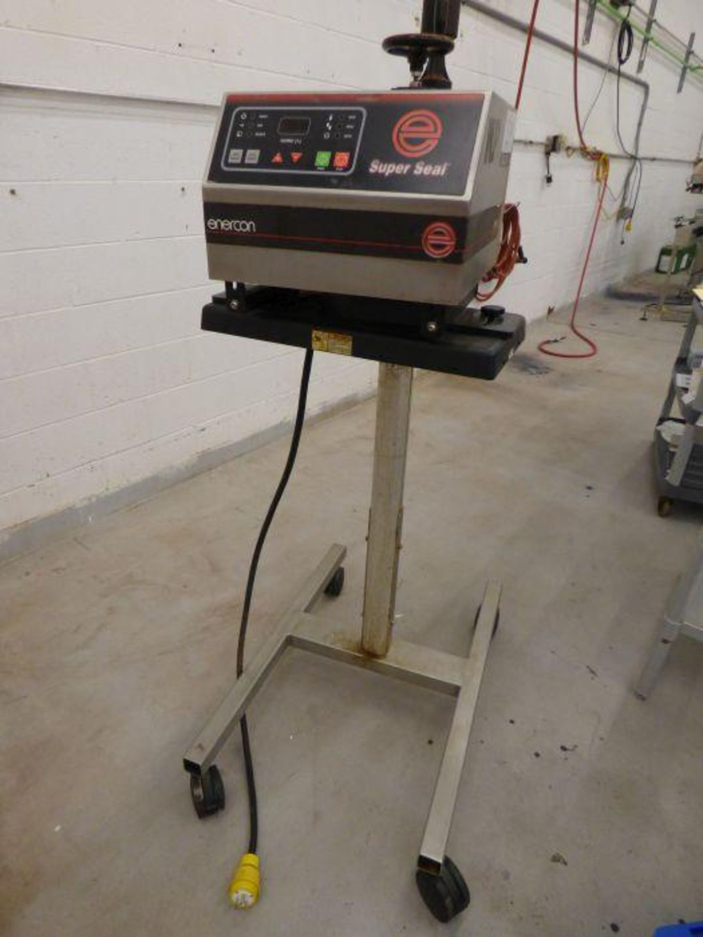 Enercon Super Seal Touch 100 with Spare Parts - Image 4 of 17