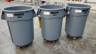 Rubbermaid BRUTE Waste Containers
