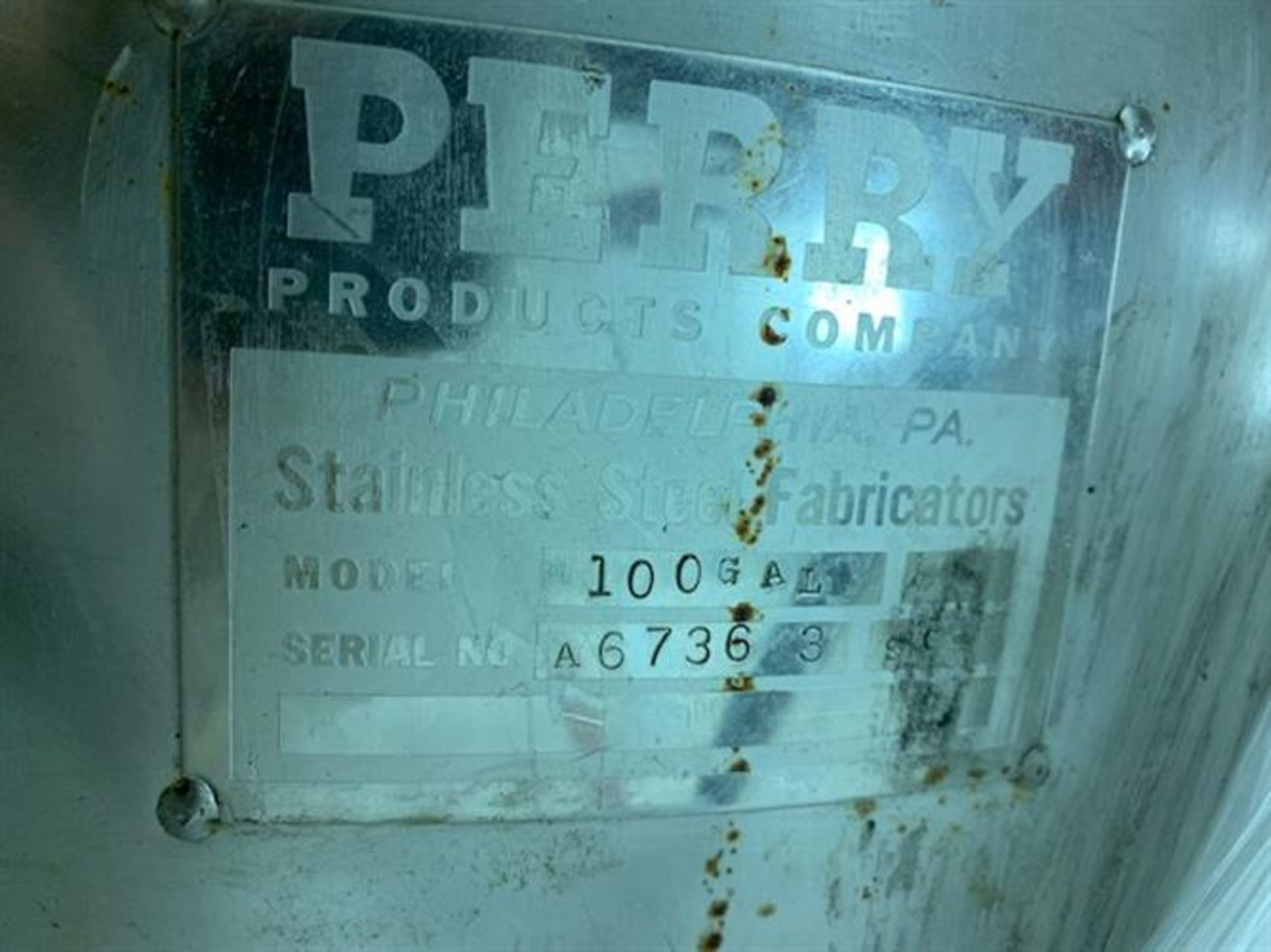 "Lot 9 - Perry Products 100 Gallon Stainless Steel Tank - 30"" diameter x 33"" deep - Bottom center sanitary"