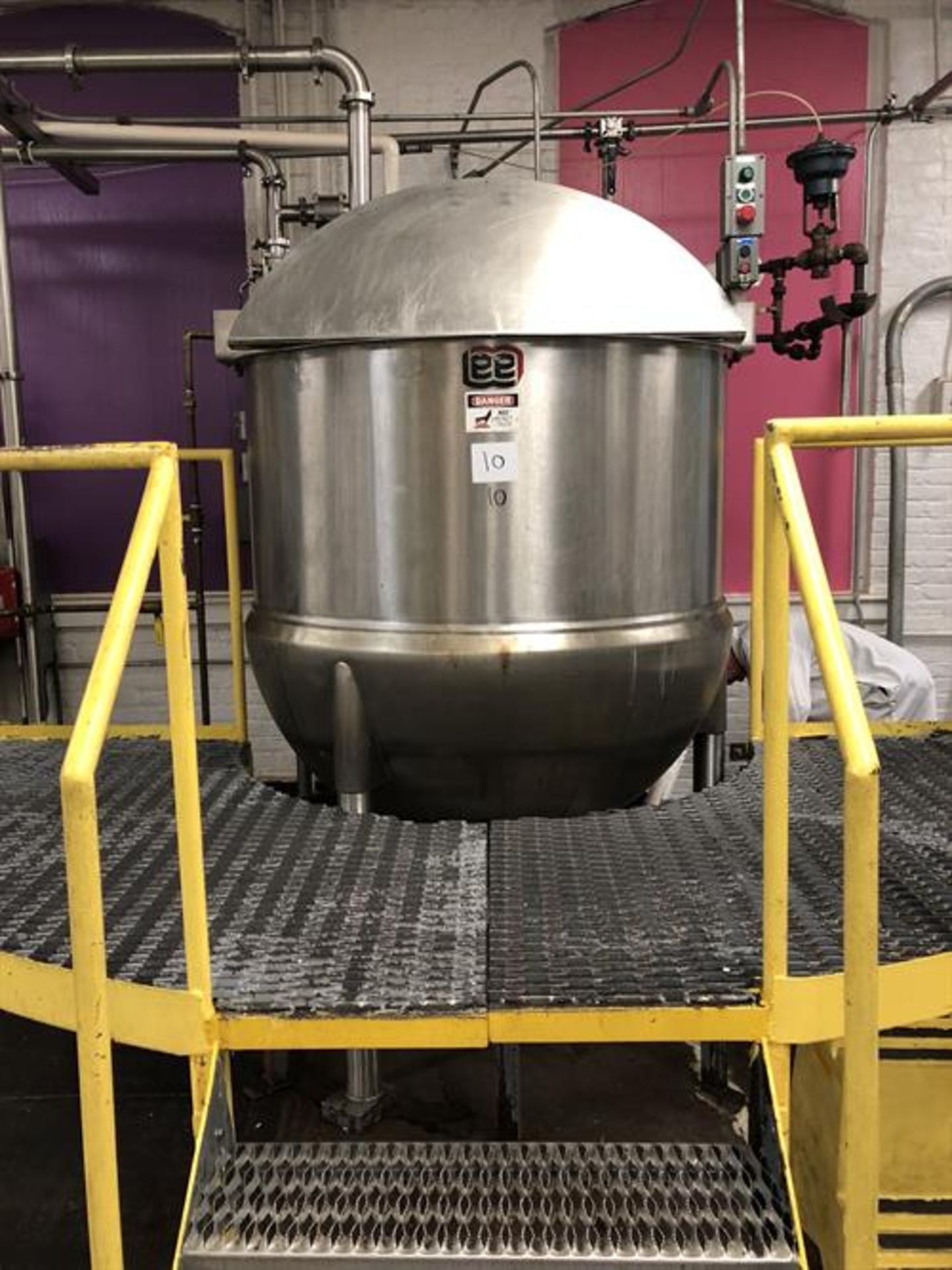 Lot 3 - Lee model 250D7S 250 gallon Single Action Stainless Steel Cooking and Mixing kettle