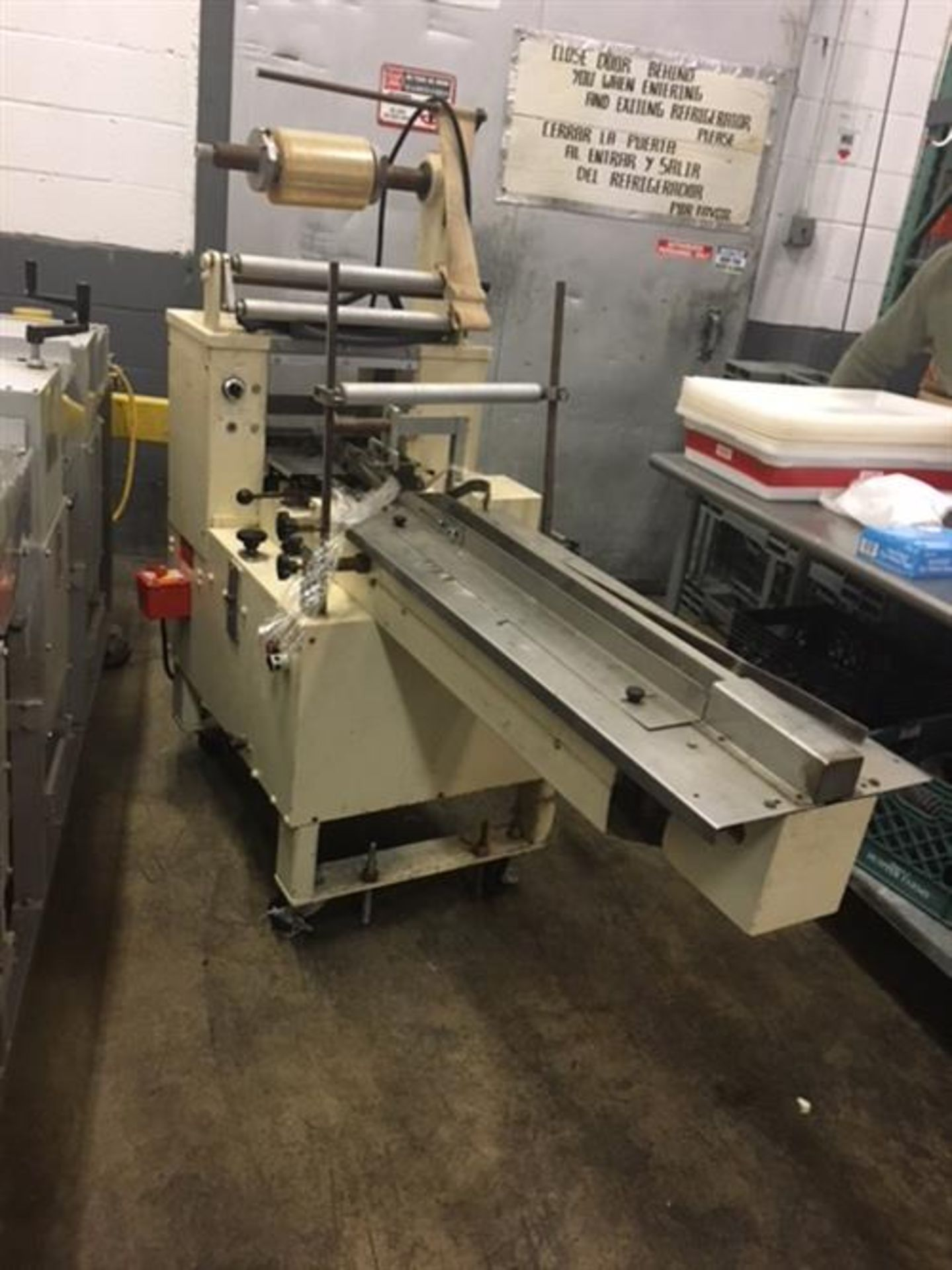 Doboy Scotty Horizontal Flow Wrapper - No electric eye (clear or continuous print cellophane film) - - Image 2 of 8