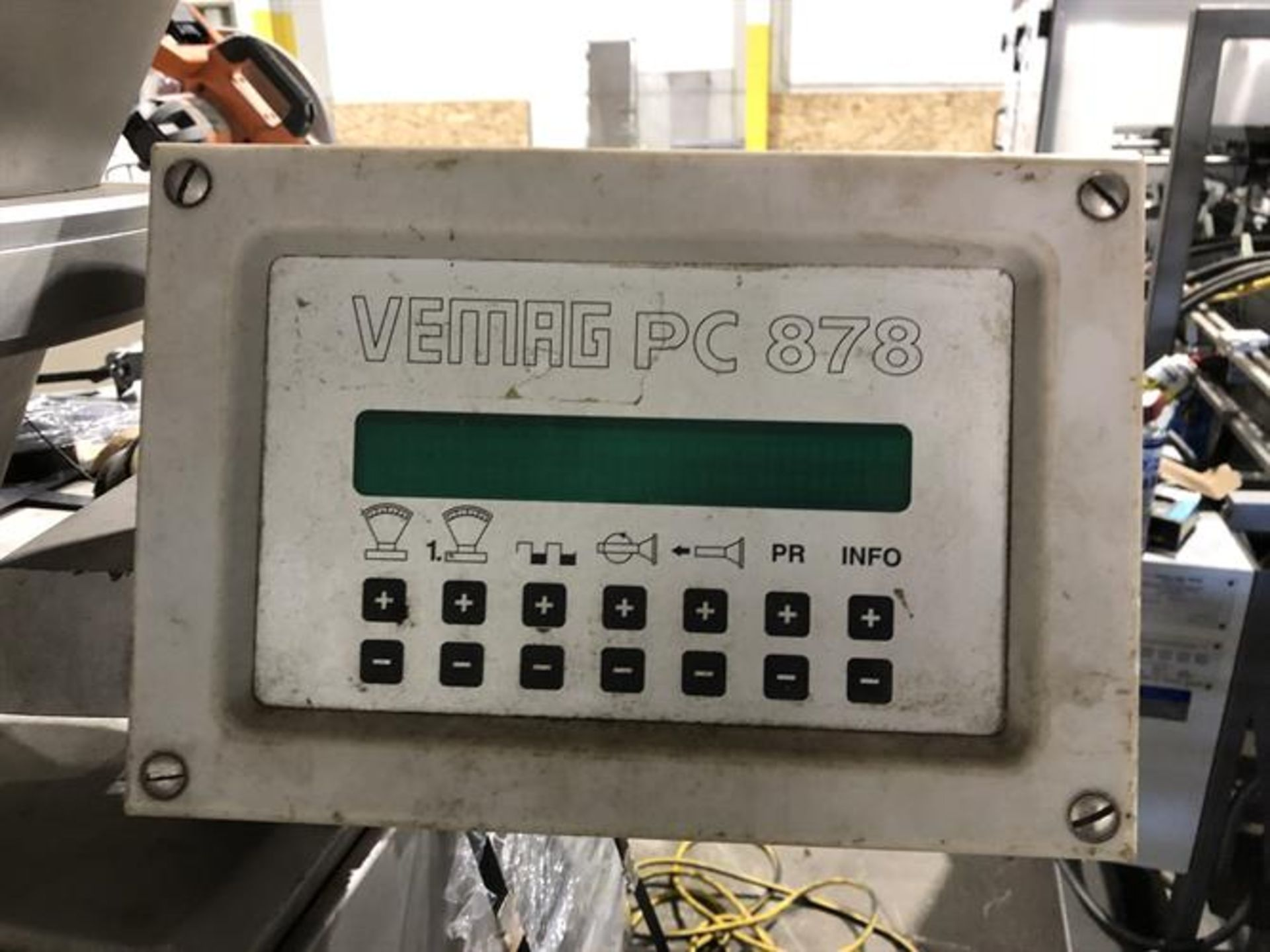 Vemag Robot 500 With PC 878 Portion Controls - Image 8 of 9