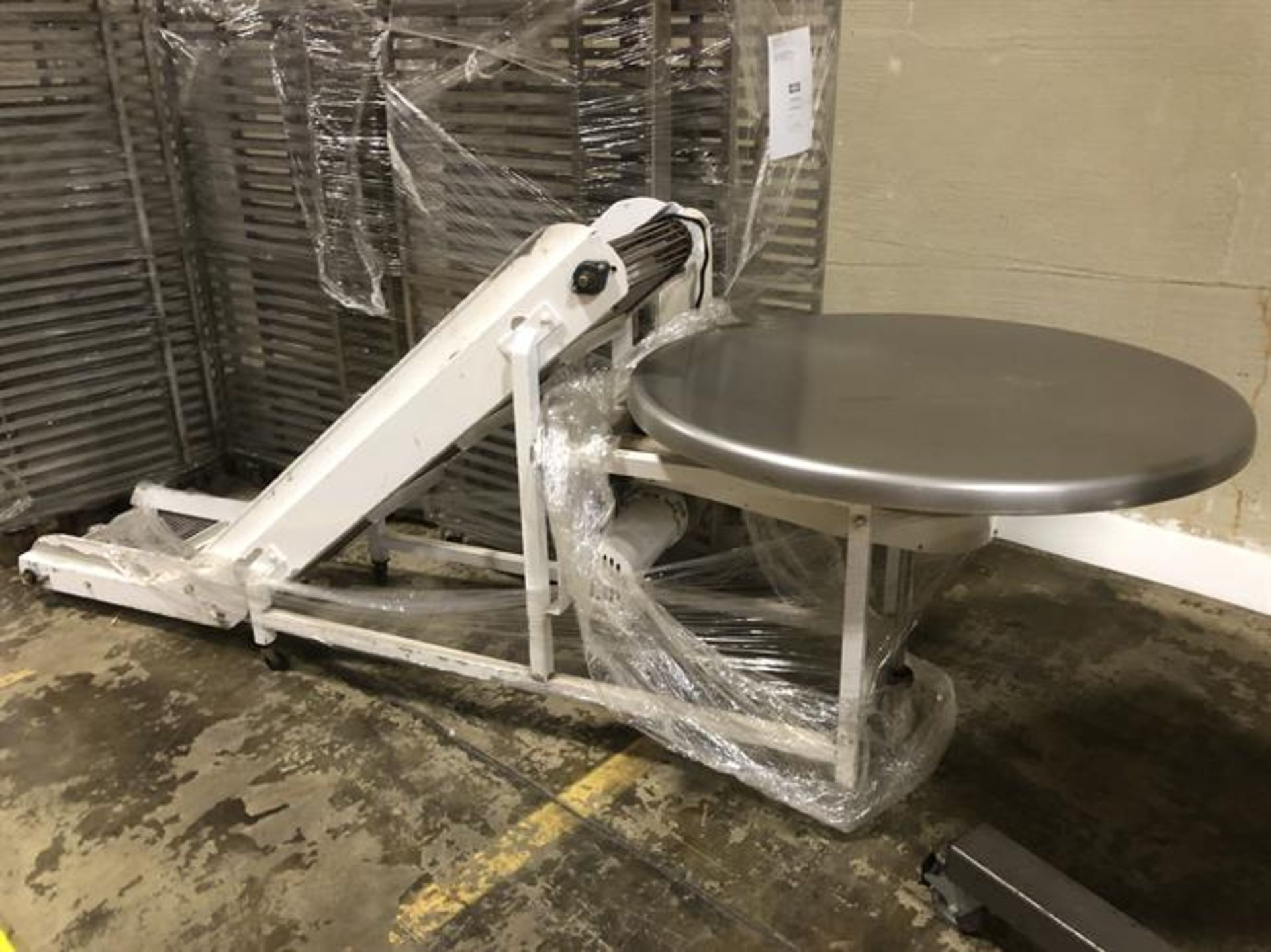 """Smalley Pack-off Conveyor with Turntable - 14"""" wide x 60"""" long inclined cleated conveyor - 2-ft flat"""