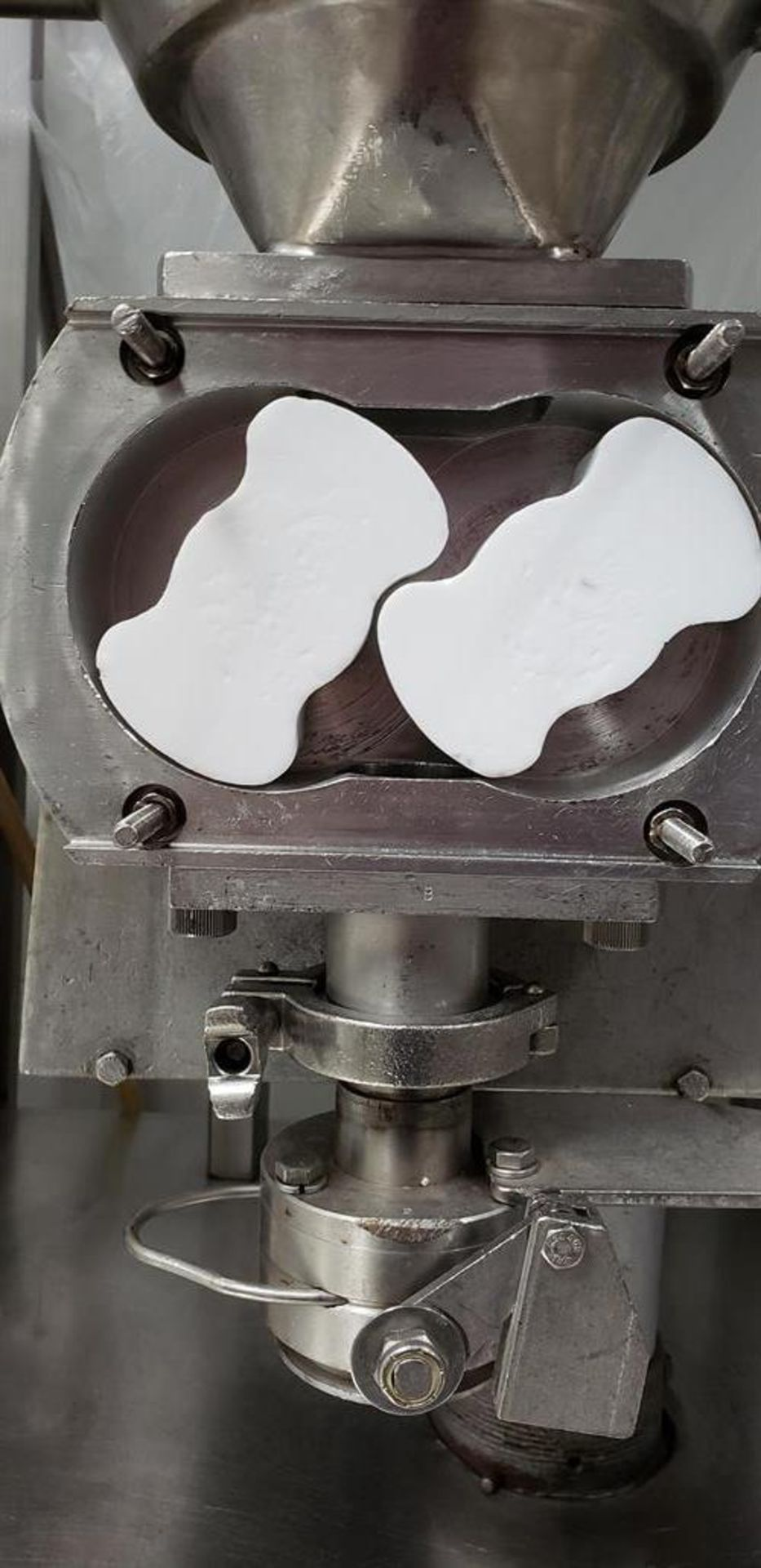 Mateer Burt Lobe Style Fudge Filler - Used for fudge trays - Model 50S - Heated hot water hopper - - Image 2 of 3
