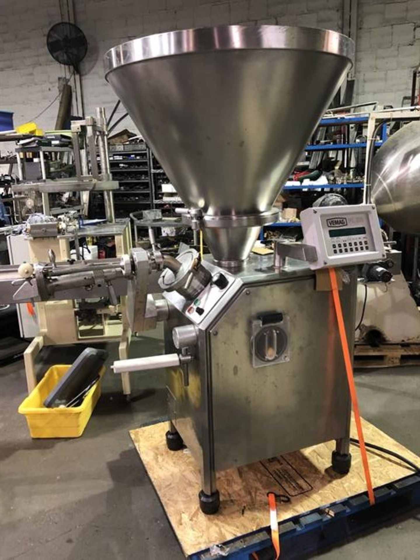 Vemag Robot 500 Stainless Steel Vacuum Stuffer - Machine has been completely reconditioned - PC - Image 12 of 31