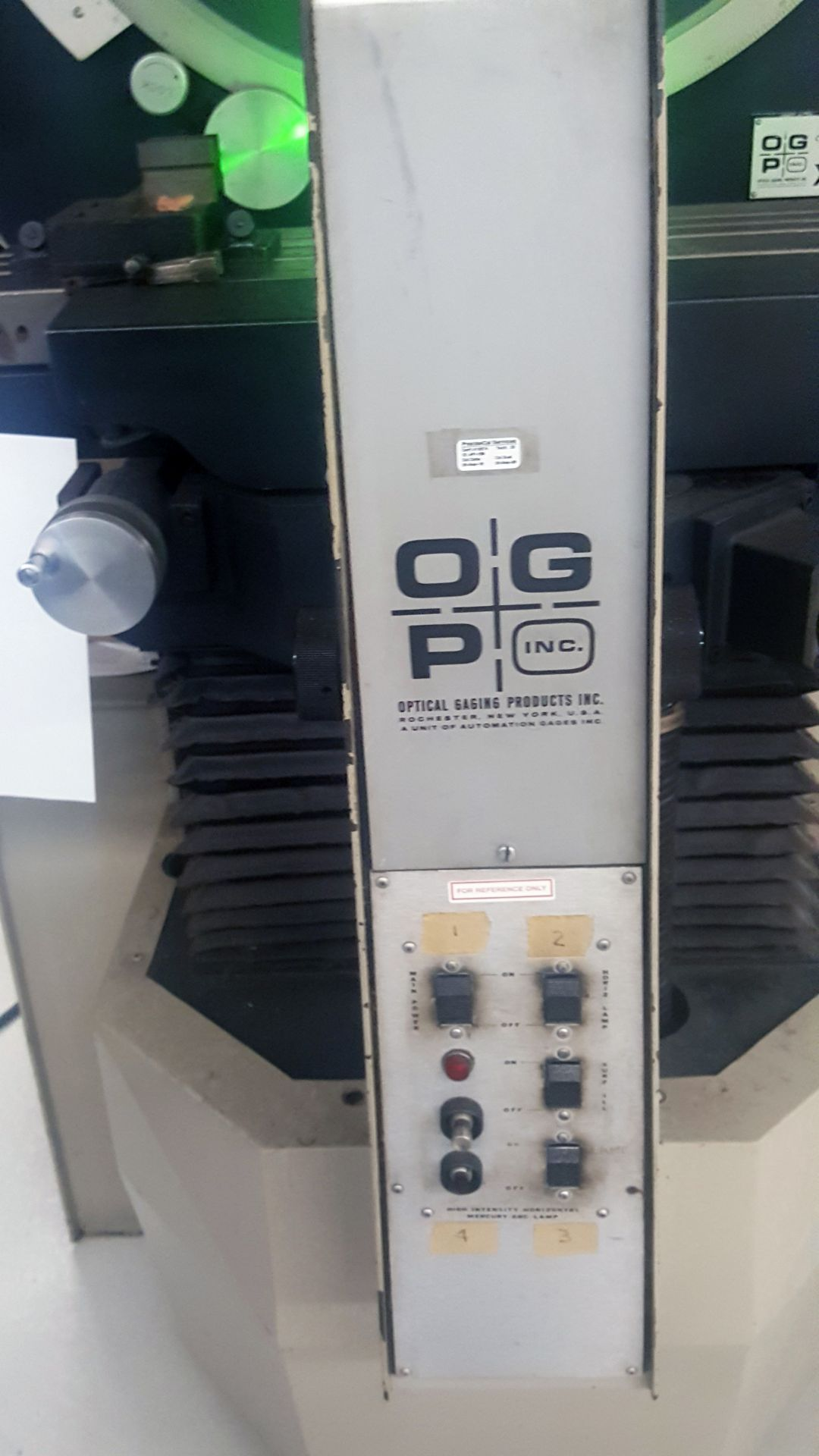 "OGP 30"" Optical Comparator Projector, Model IXL-827, XL30S, S/N 8270292, under power - Image 5 of 8"