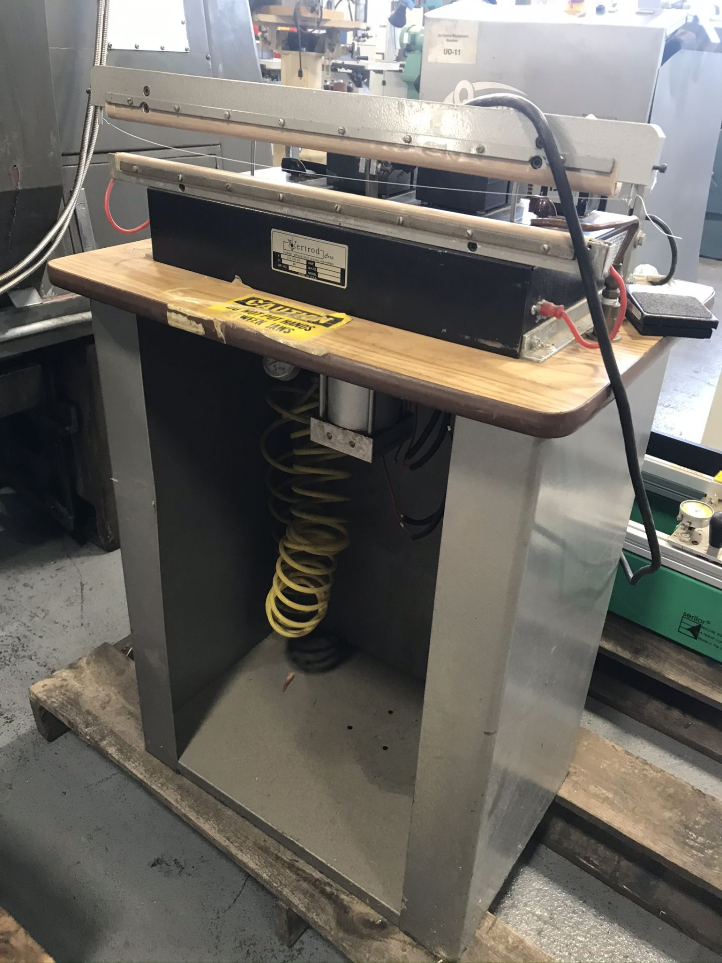 Vertrod 20PCB Pneumatic Thermal Impulse Sealer w/ Portable Elect Foot Pedal & Stand