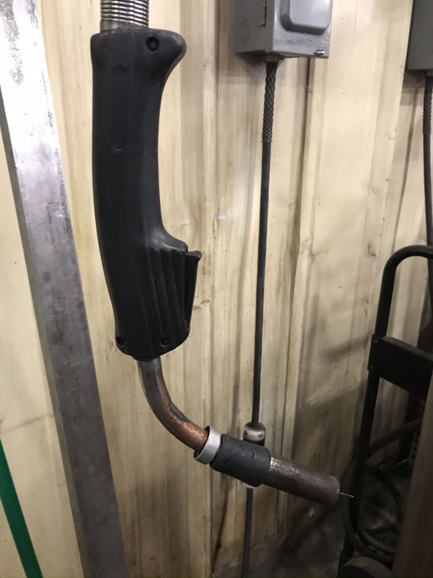 Lincoln Power Wave 455 Welder Complete with Welding Boom Arm and Lincoln Power Feed - Image 7 of 7