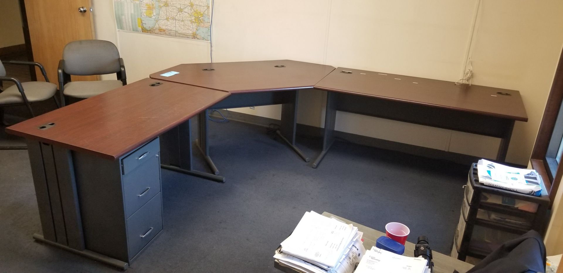 L shaped desk with file drawer - Image 2 of 3