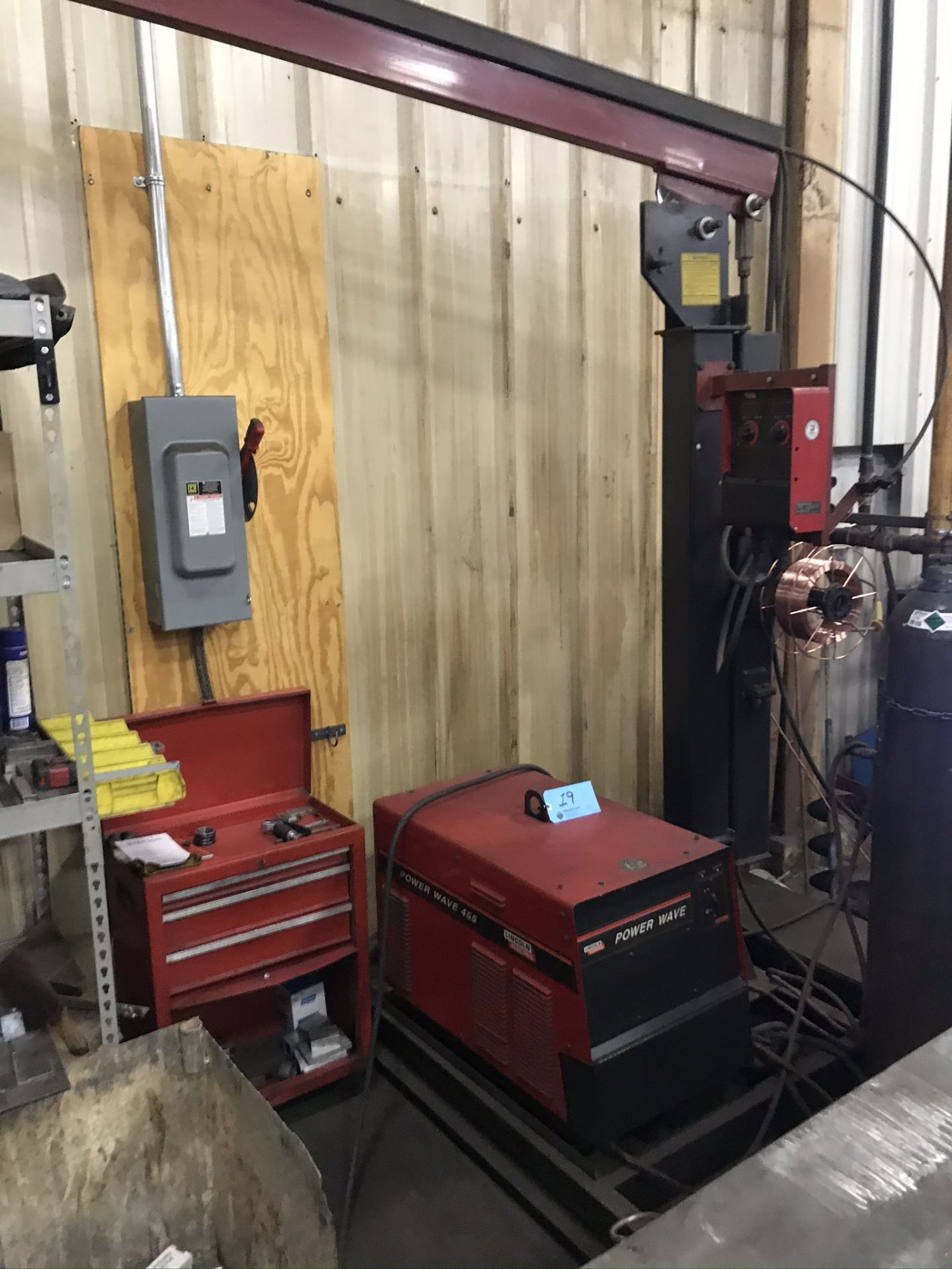 Lincoln Power Wave 455 Welder Complete with Welding Boom Arm and Lincoln Power Feed