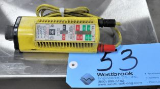 Ideal Industries AC/DC Voltage Meter with Leads