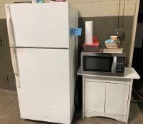 Lot-GE Refrigerator and Sunbeam Microwave