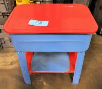 "Central Machinery Parts Washer, 28"" x 18"" x 10""D, with Pump"