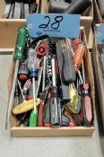 Lot-Screwdrivers in (1) Box
