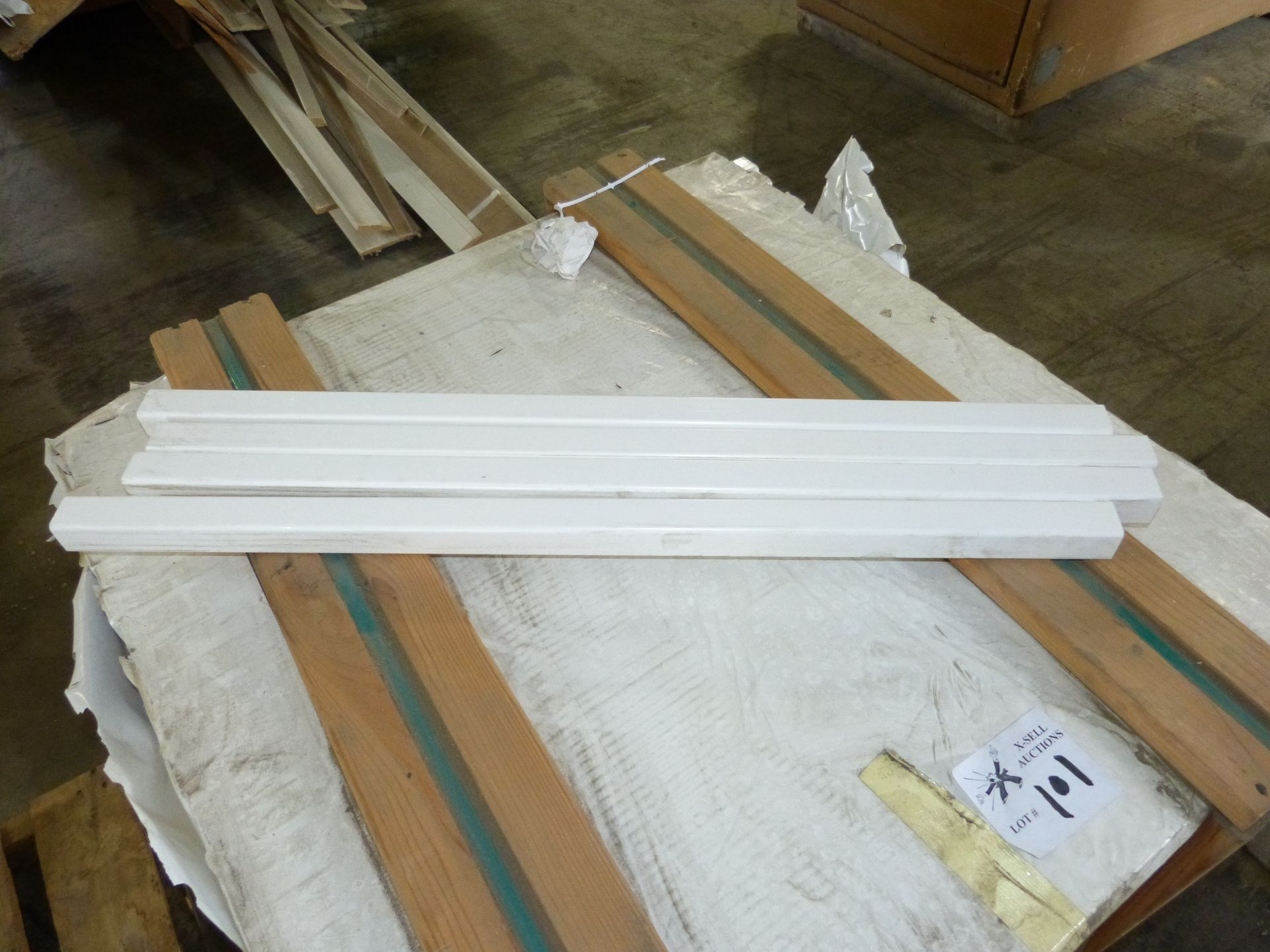 "Lot 101 - APPROX. 5000 PVC 1.5"" X1.5"" X 36"" PICKETS"