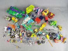 Transformers, Power Rangers , Hasbro, Takara,