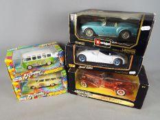 Maisto, Bburago, Ertl - Five boxed diecast model cars in 1:18 and 1:24 scale.