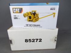 Diecast Masters - A boxed 1:50 scale #85272 Cat 587T Pipelayer by Diecast Masters.