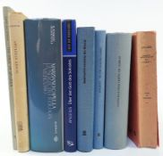 APULEIUS. De philosophia libri. Ed. C. Moreschini. 1991. Ocl. (BT). -- Id. Über den Gott des