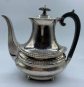 Silver Coffee Pot made in London 1904. weight 706g and 21cm tall
