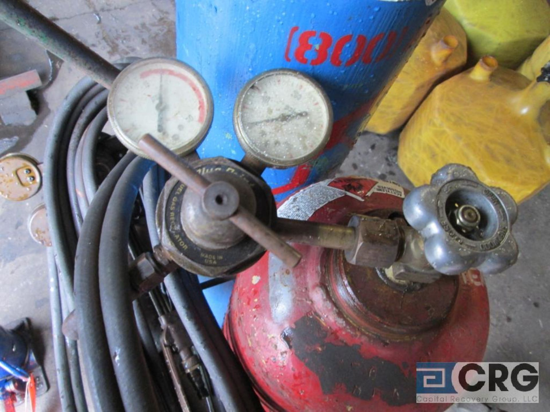 Portable cut and weld unit with tanks, regulators, hose, torches, and cart - Image 3 of 4