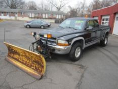 1999 Dodge Dakota SLT, 4X4, 6 cylinder, AT, power windows, A/C, (4) new tires, plow included