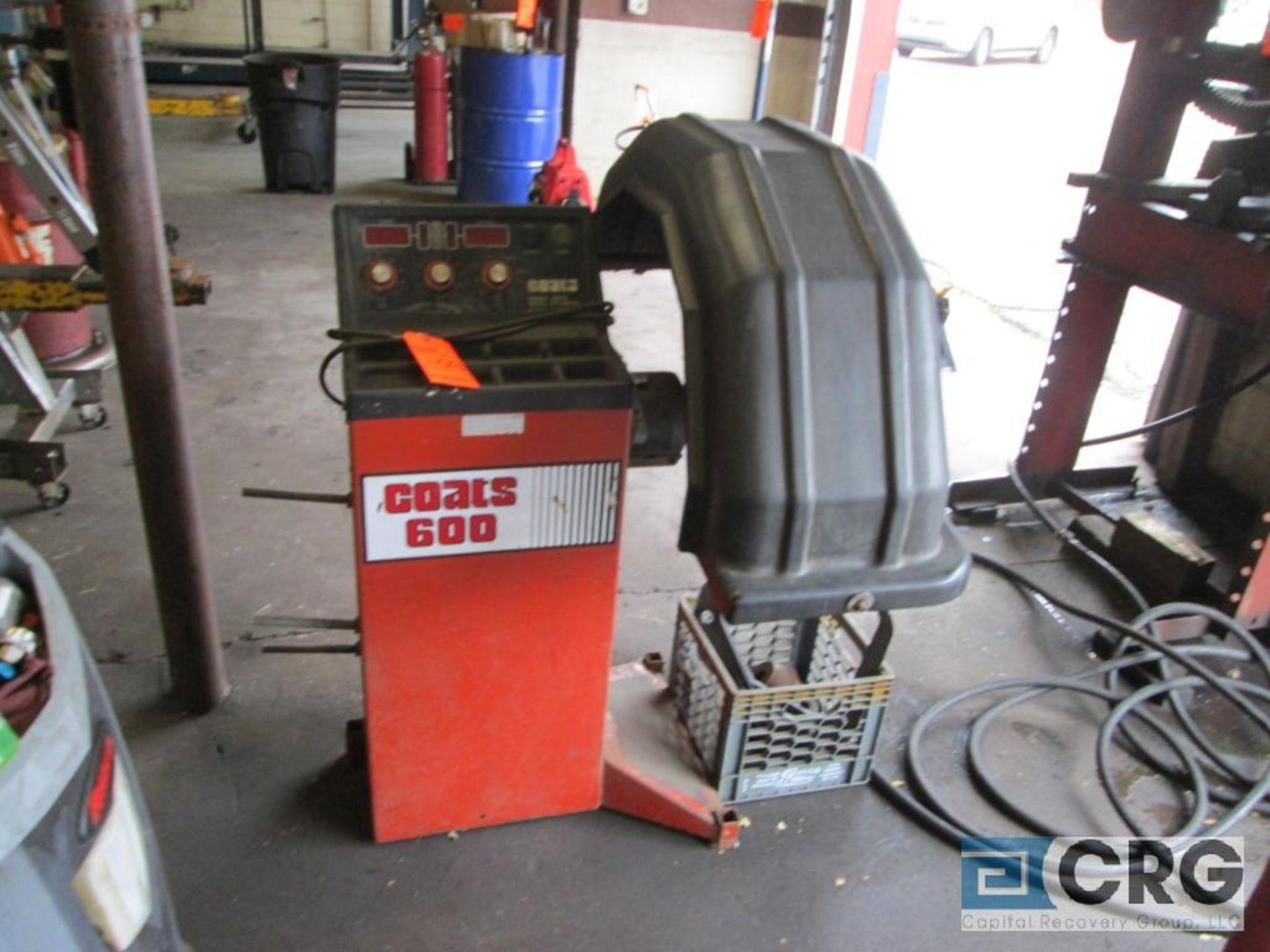 Coats 600 direct drive wheel balancer, 115V, 5 amp, 1 ph, s/n 0892247776 - Image 2 of 6