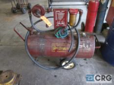 """Wen Industries portable """"Gas Buggy"""" with manual pump"""