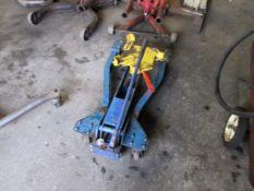 Portable transmission jack, mfg. unknown