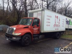 2003 International 20' box truck, DT466 ENGINE, A/T, Vinyl interior, Morgan 20' box w/Maxon lift