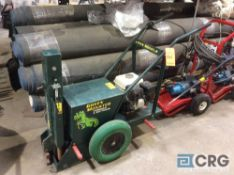 Green Monster SERIES 1000 hydraulic stake puller with gas engine